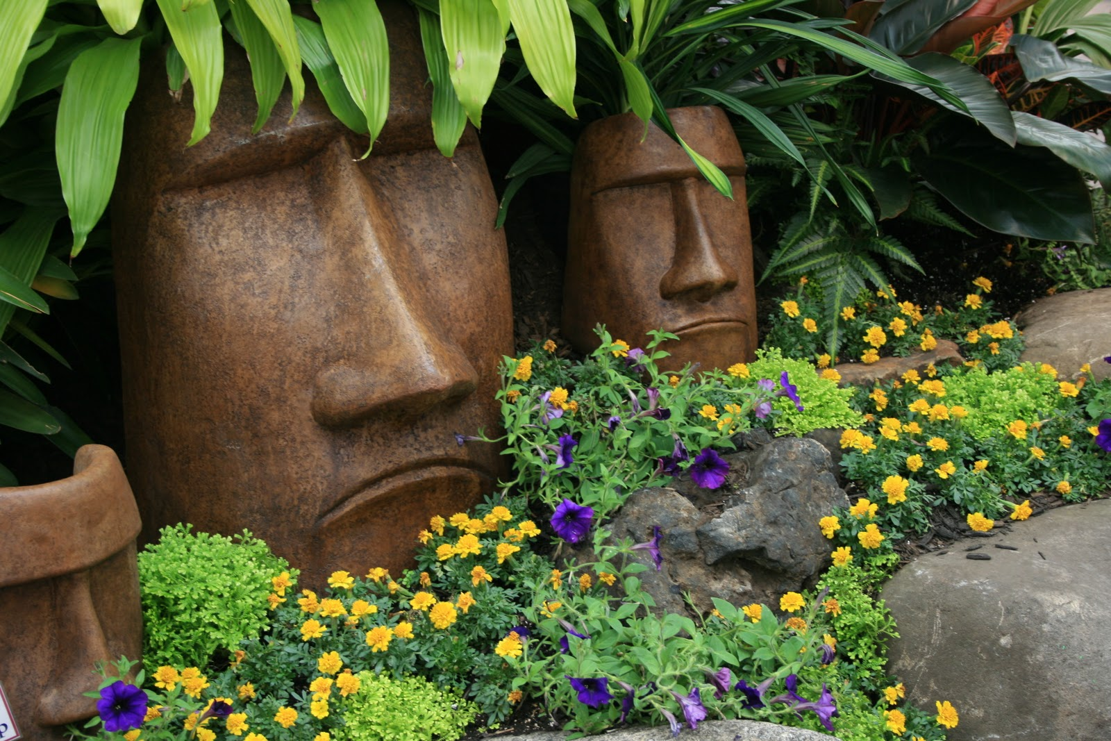 Careless gardener great landscape ideas the hicks garden for Jardin ornement