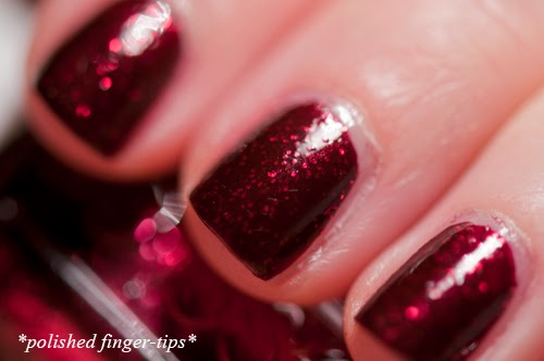 Toggle to the Top by Essie - Artificial Light
