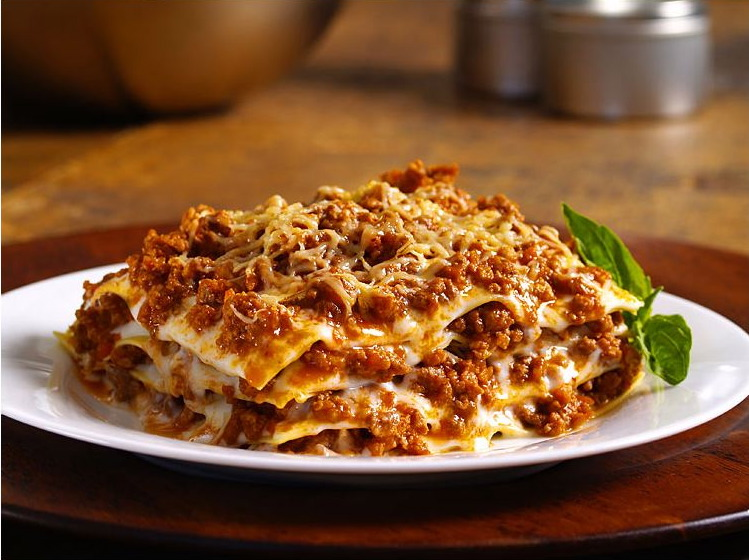 Naddia Redzuan: Lasagna.