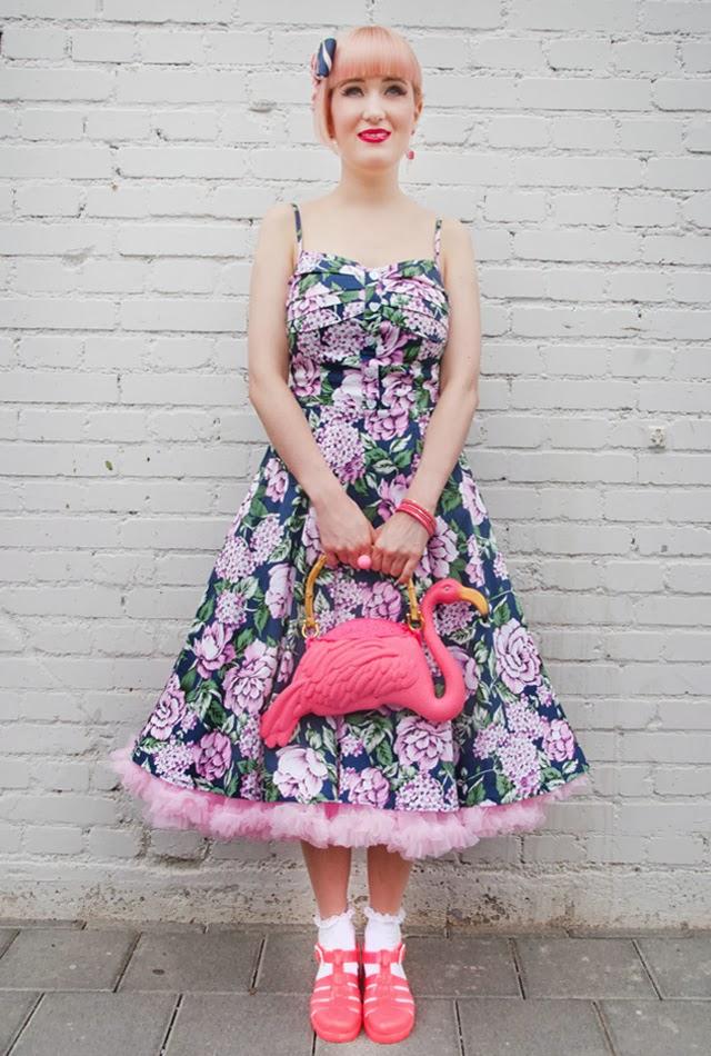 juju, flamingo bag, rockabilly girl with pink dress, flower print dress