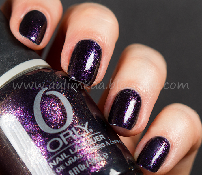 http://aalimkaa.blogspot.com/2014/03/orly-out-of-this-world.html