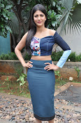 Shruti Haasan latest glam pics-thumbnail-11