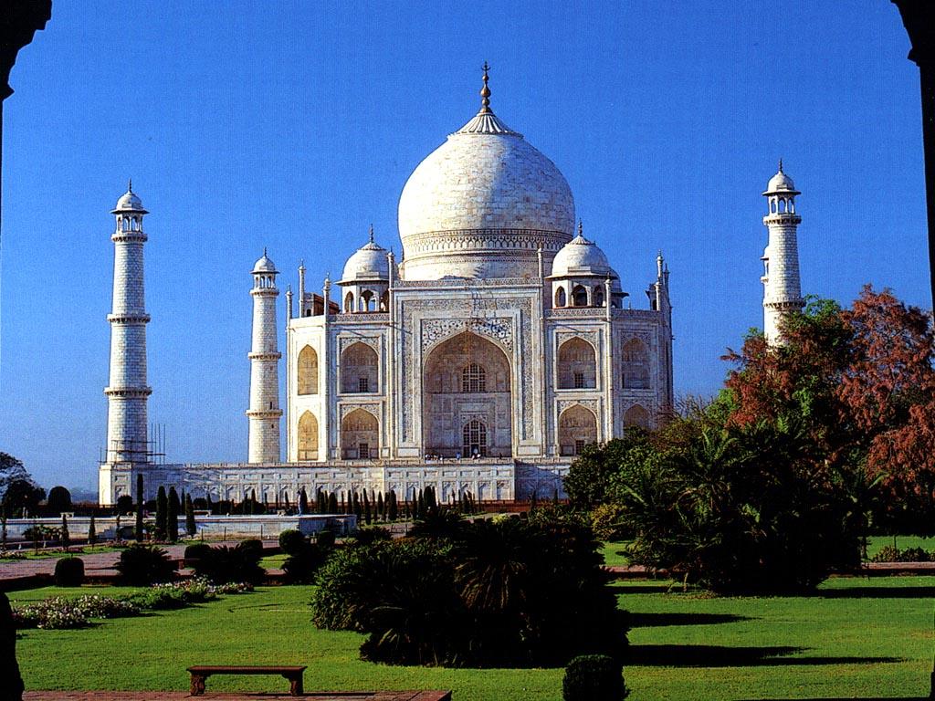 Tourism And Travel Places In India Beautiful Taj Mahal