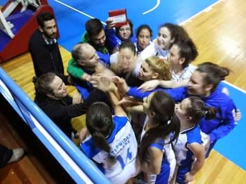 """""""Έσπασε"""" την έδρα της ΑΕΣ Ελληνικού η Τερψιθέα στον μικρό τελικό των νεανίδων"""