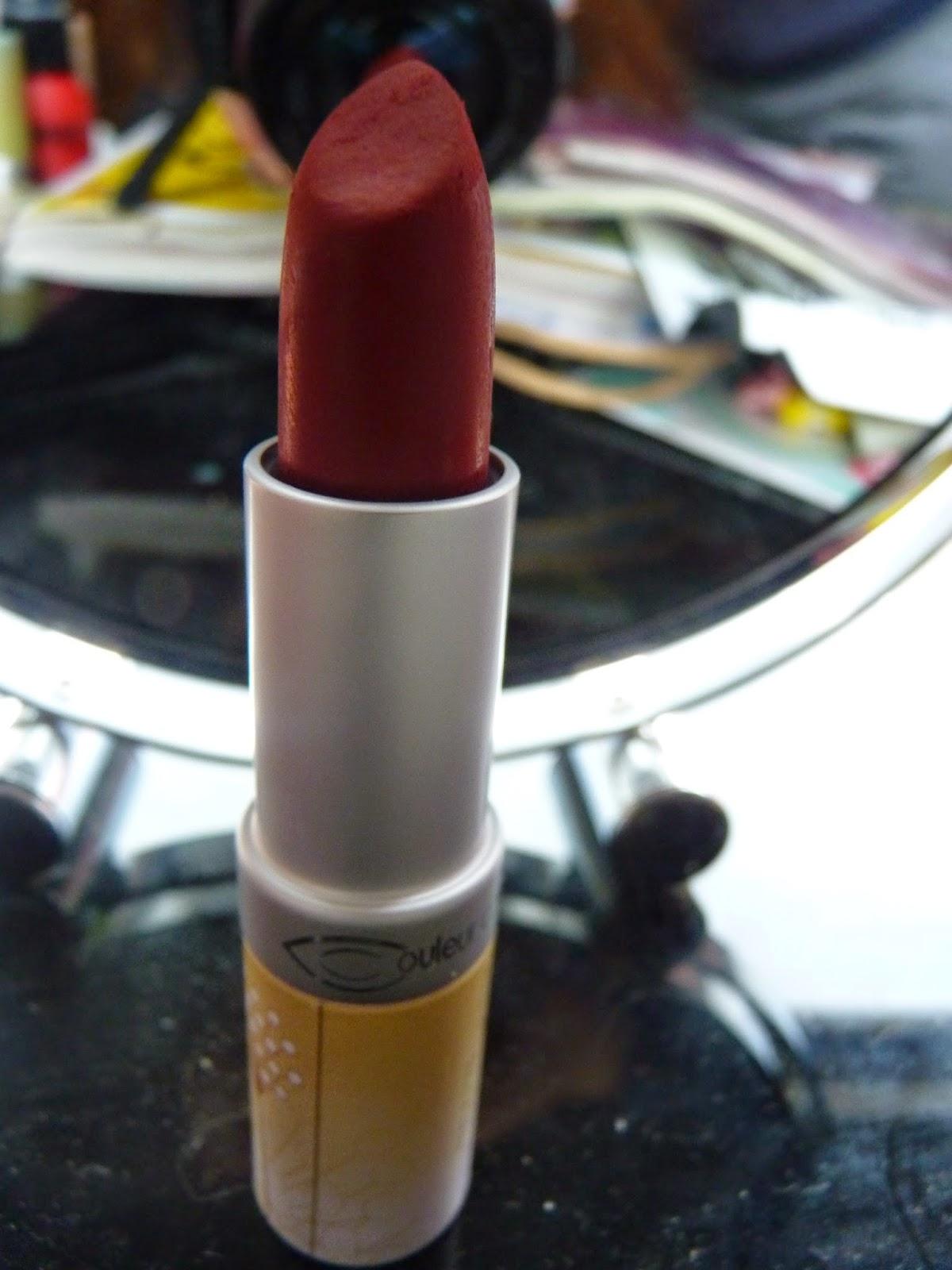 couleur caramel, rouge à lèvres, rouge, n°114