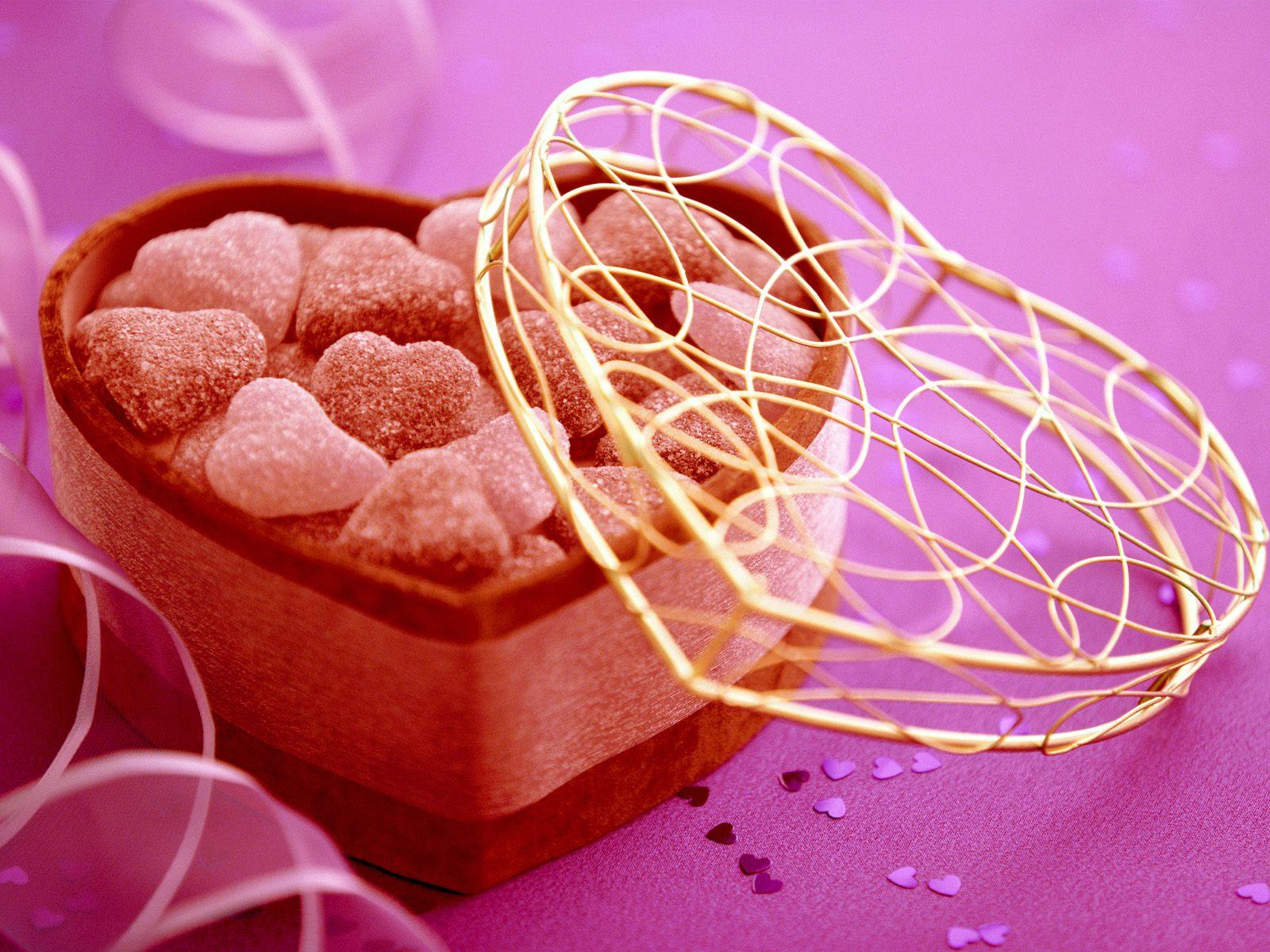 http://1.bp.blogspot.com/-x38FQtbQzJM/T9Xl29iG9XI/AAAAAAAAAQ0/oM6EyzYsJCY/s1600/Heart_Candy_Valentine_Wallpaper_freecomputerdesktopwallpaper_1600.jpg