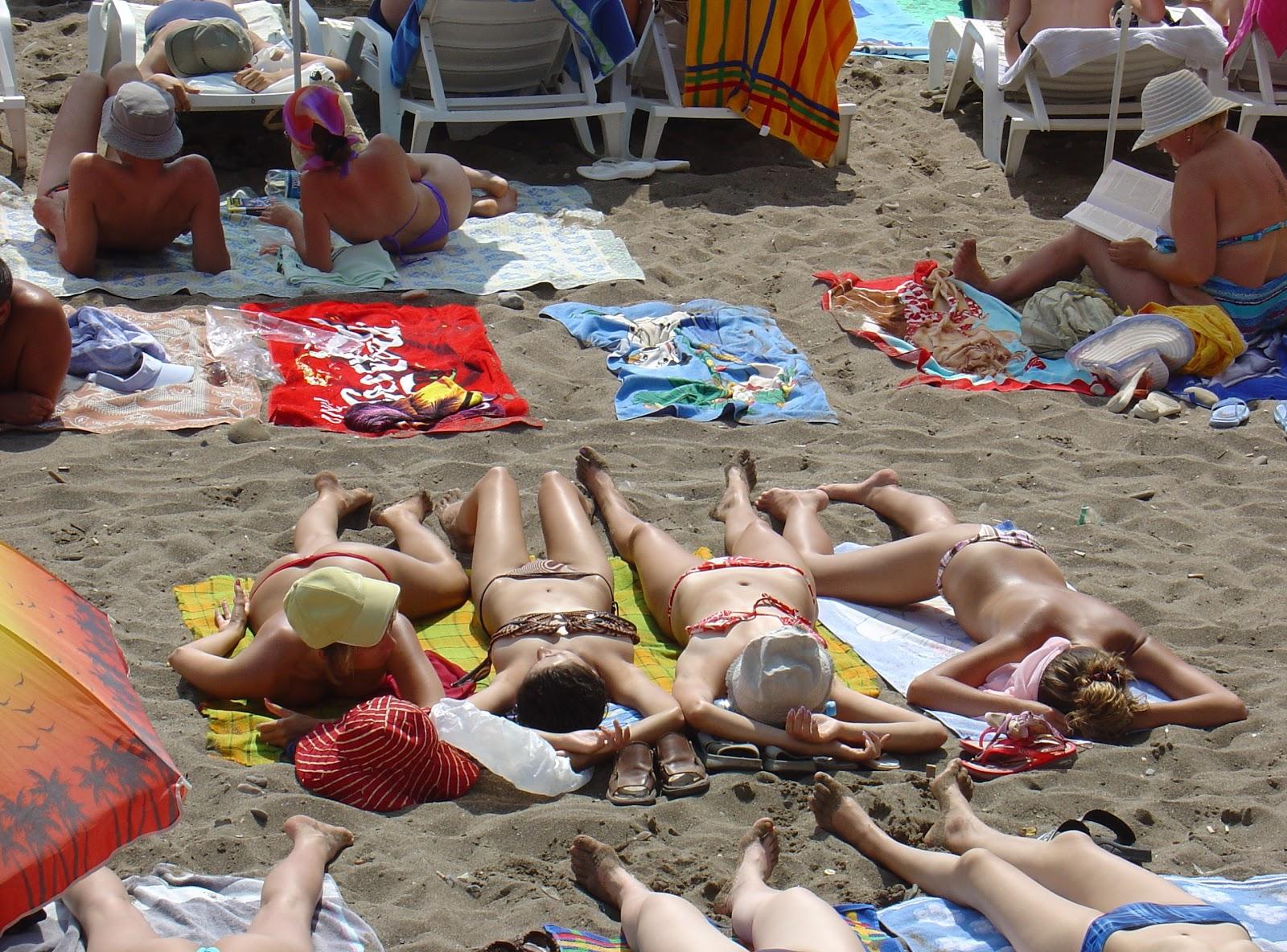 Фото с пляжей натуралистов