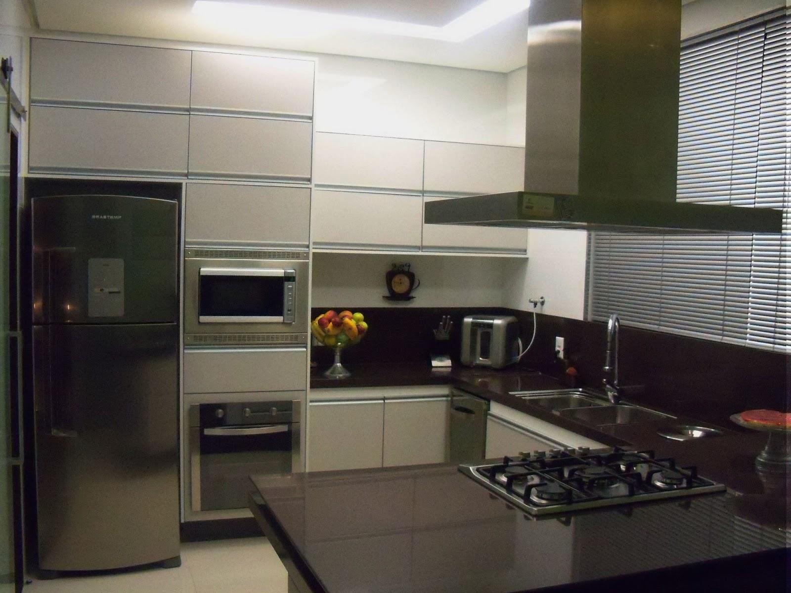 Renata Ferreira: Projeto de Cozinha #5B4E3D 1600 1200