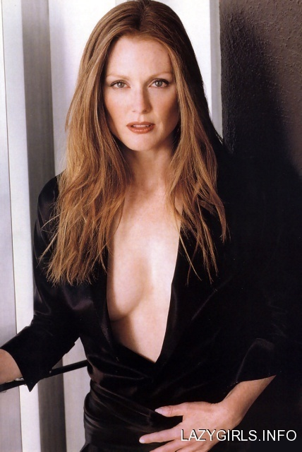 Actress sexy hd images: Julianne moore sexy actress hd imges Mark Wahlberg Net Worth
