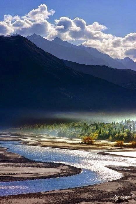 The Indus River, Khaplu, Pakistan