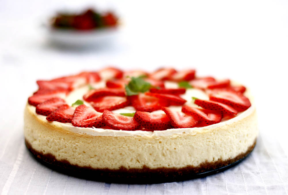Seed to Feed Me: RECIPE FOR STRAWBERRY CHEESECAKE
