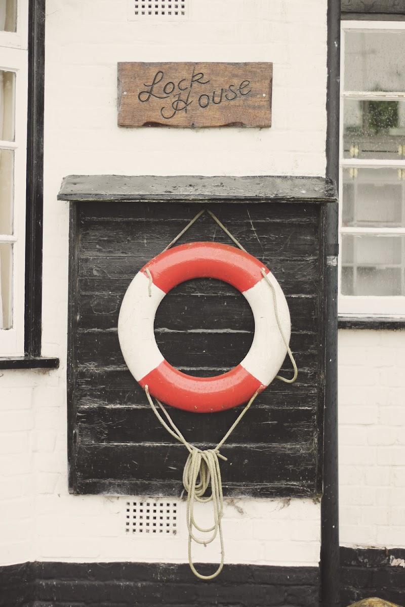 navigation cottage lock house heybridge basin