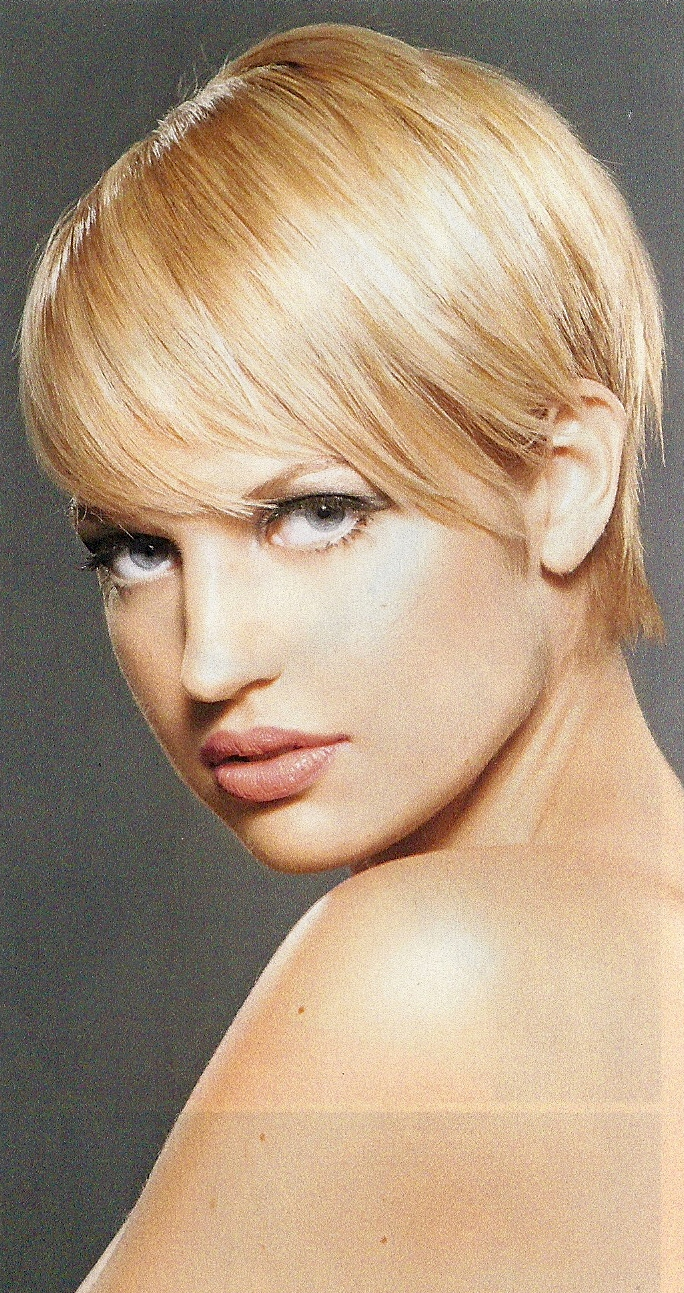 Everything for Women Fashion: 25+ Best Cute Hairstyles for Short Layered Hair