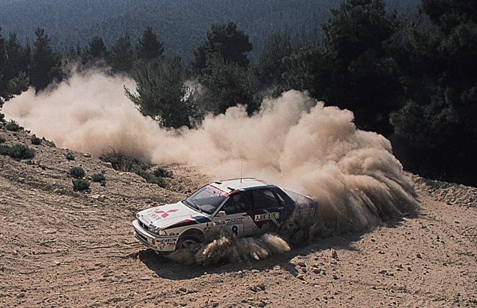 8+1990+8+Acropolis+Eriksson+Mitsubishi+Galant+VR-4.jpg