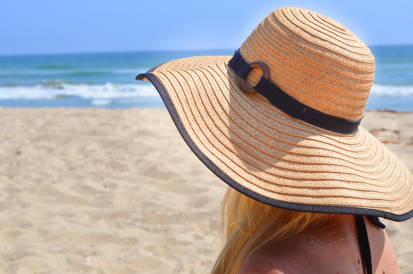 Huntington Doggie Beach Day - Floppy Beach Hat | Luci's Morsels