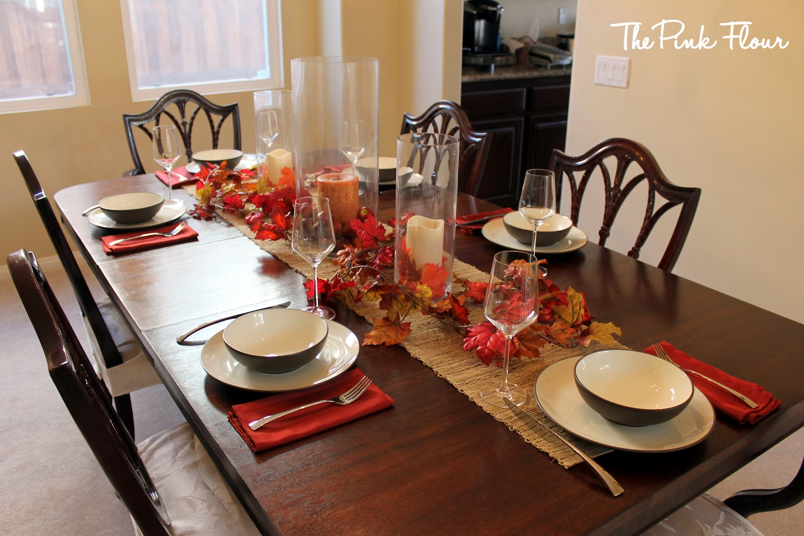 Dining table fall decor dining table for Ideas to decorate a dining room table