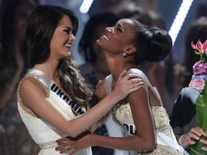 Miss Universe 2011 Leila Lopes-4
