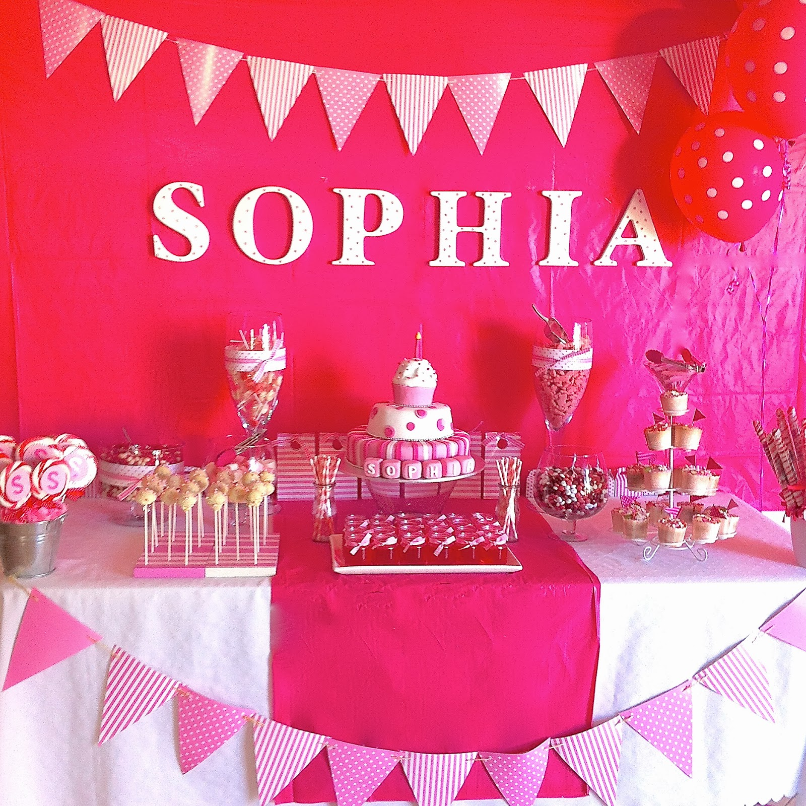 Party ideas pink spots and stripes themed girls first for 1st birthday girl decoration