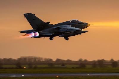 la-proxima-guerra-aviones-de-combate-del-reino-unido-bombardeando-estado-islamico-en-siria