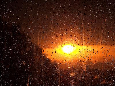 POEMAS SIDERALES ( Sol, Luna, Estrellas, Tierra, Naturaleza, Galaxias...) - Página 5 Sol+e+chuva