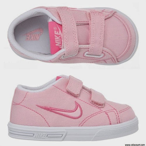 Basket rose bébé fille nike