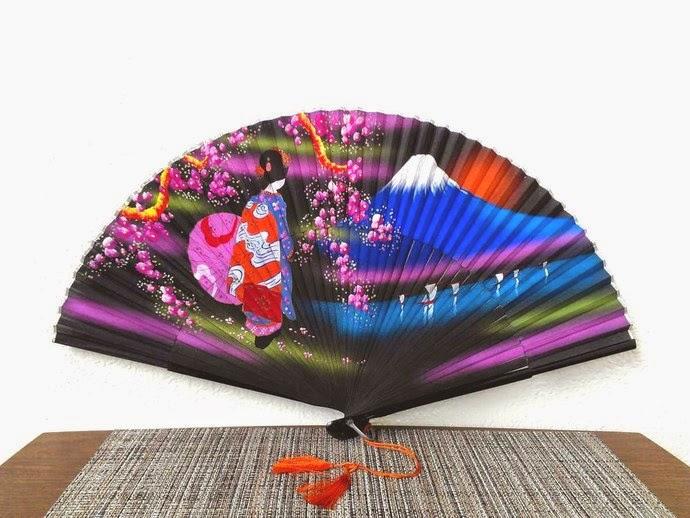 https://www.zibbet.com/zilvintage/mid-century-japanese-hand-painted-geisha-fan