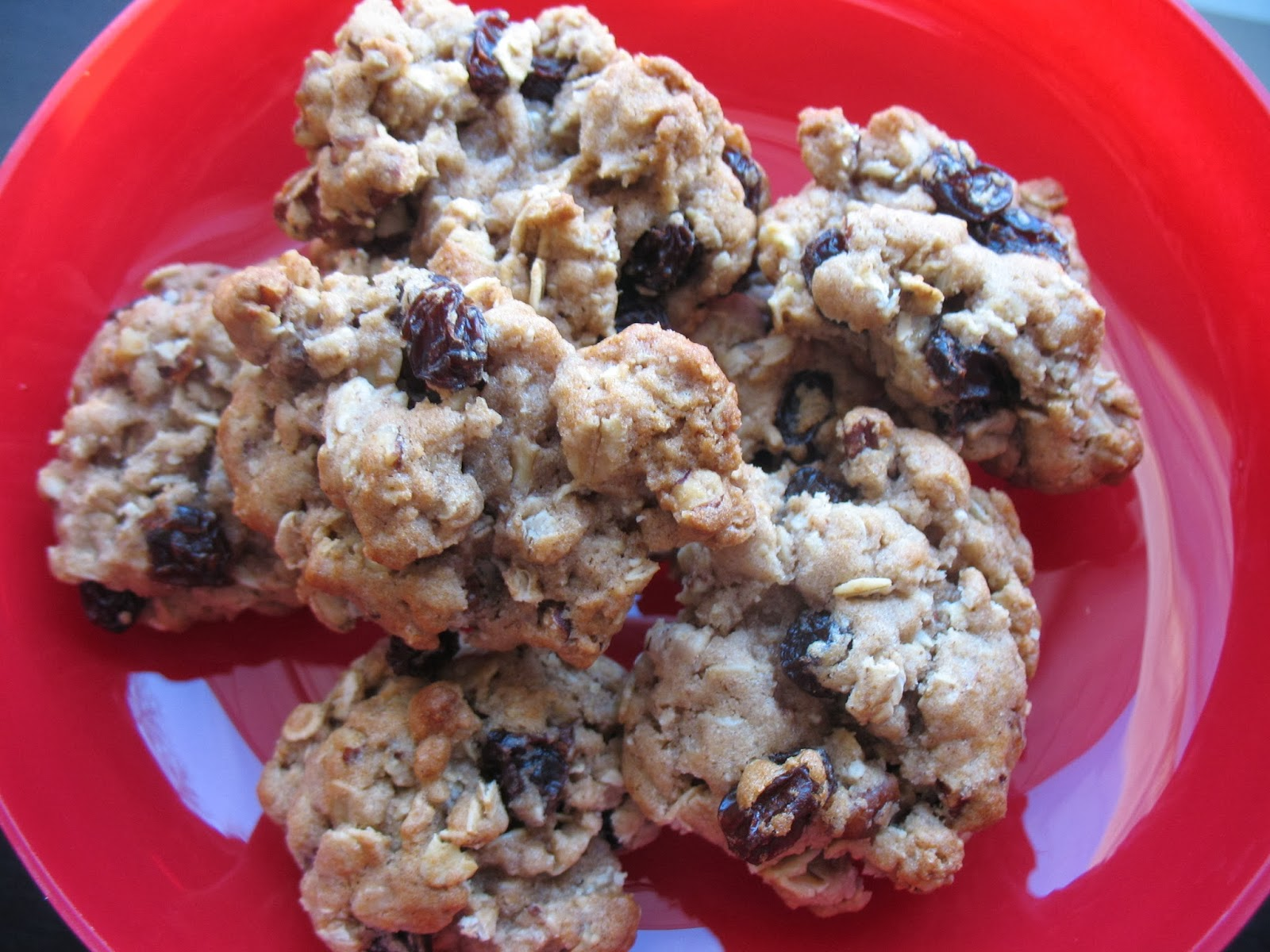 The Messy Apron: Rum Raisin Oatmeal Cookies