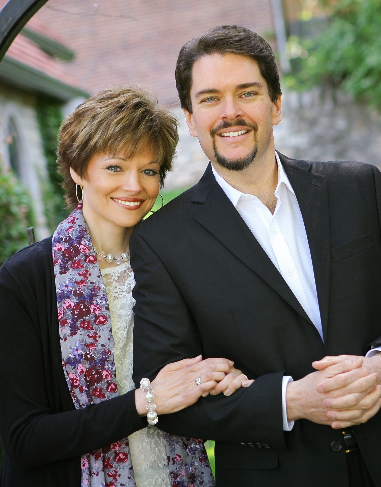Musical artists Phil and Pam Morgan