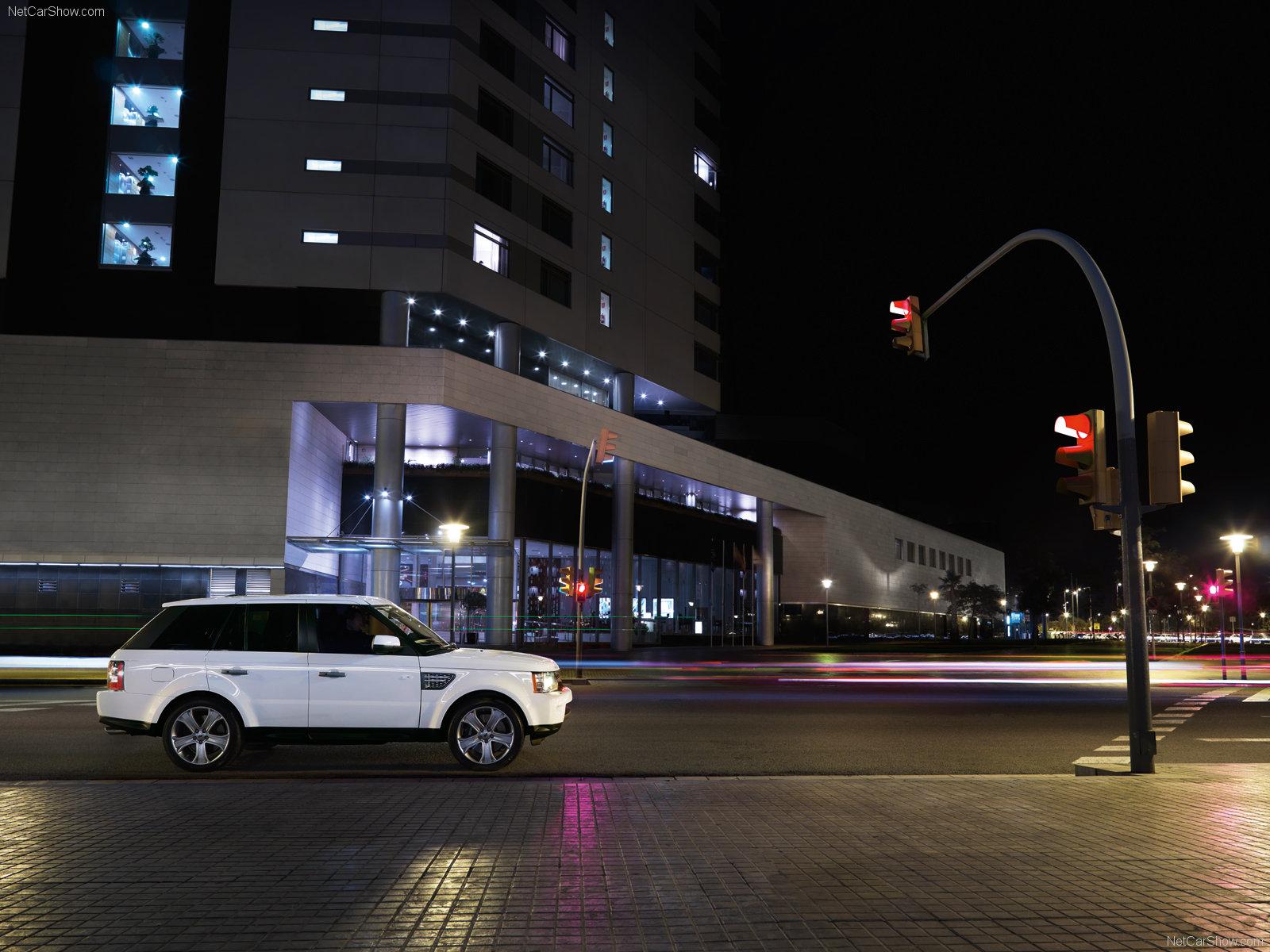 http://1.bp.blogspot.com/-x5bq9pdwPyk/T99qqL_EiWI/AAAAAAAAA98/HRbgFK_3HYw/s1600/Land-Rover-Range-Rover-Sport-1600x1200_wallpaper_05.jpg