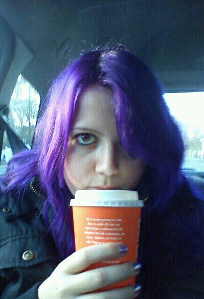 blå striber i håret