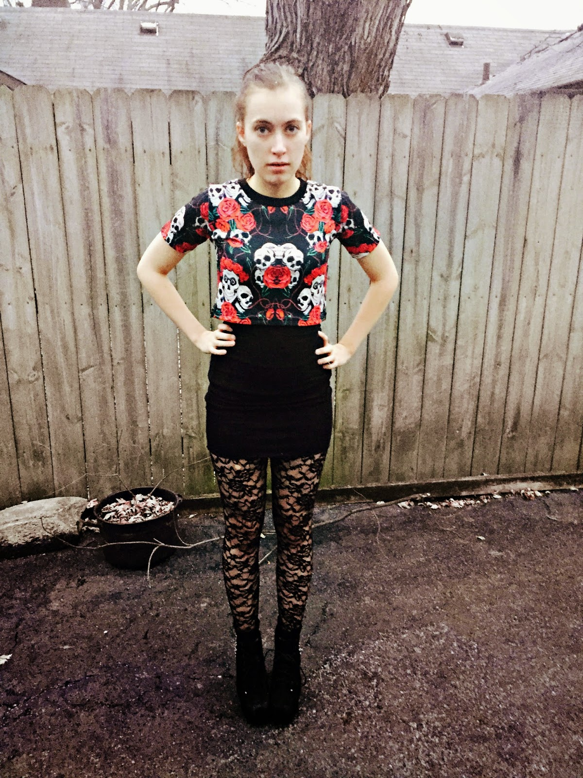 skulls-and-roses-outfit