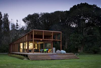 Rumah kaca yang sederhana namun nyaman