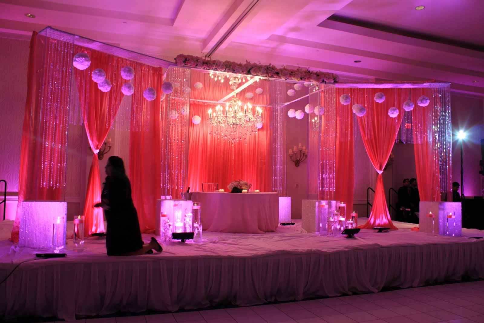 Indian wedding with our lucite mandopcrystal chandalier and flowers indian wedding with our lucite mandopcrystal chandalier and flowers davinci florist junglespirit Choice Image