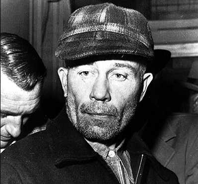 Ed Gein, assassino psicologicamente perturbado, que inspirou famoso assassino do cinema como Norman Bates(psicose) e Leatherface( o massacre da serra elétrica)