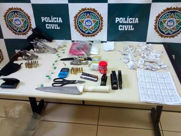 Polícia Civil cumpre 11 mandados de prisão e 25 de busca em Araruama