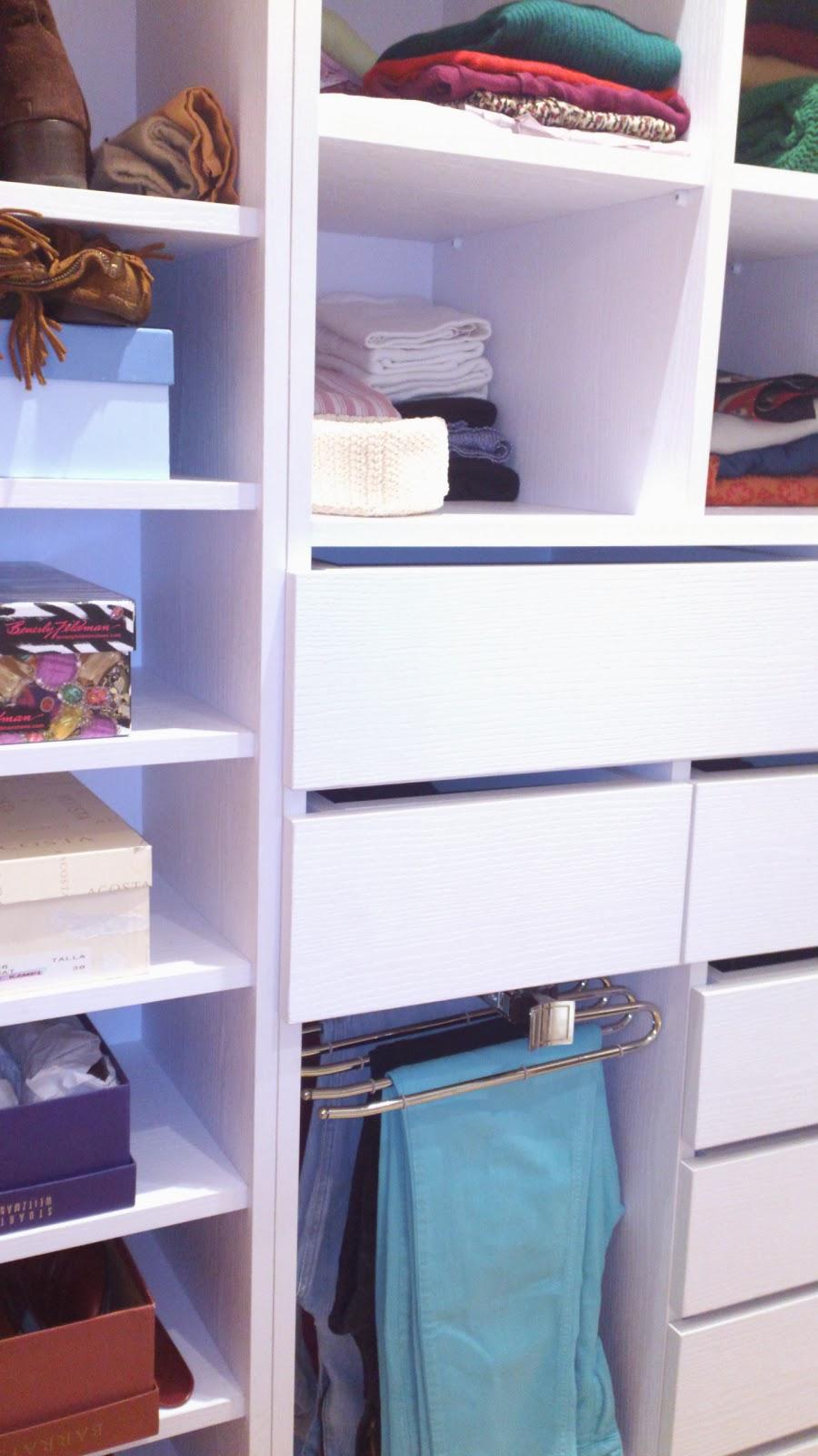 Decoracion Baño Vestidor: Decoracion Lola Torga: un Dormitorio con baño y vestidor integrados