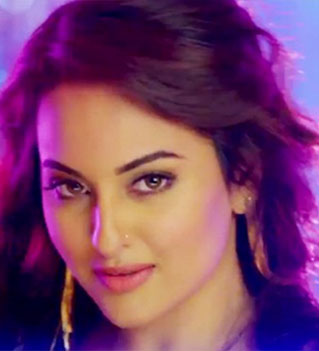 Sonakshi Sinha Actress in MT WIKI Top 10 Bollywood Actress List, photo