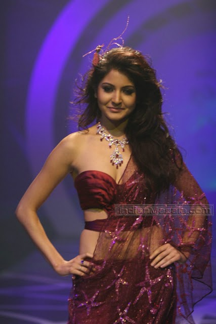 anushka sharma hot pics in saree. Anushka Sharma Hot Pictures