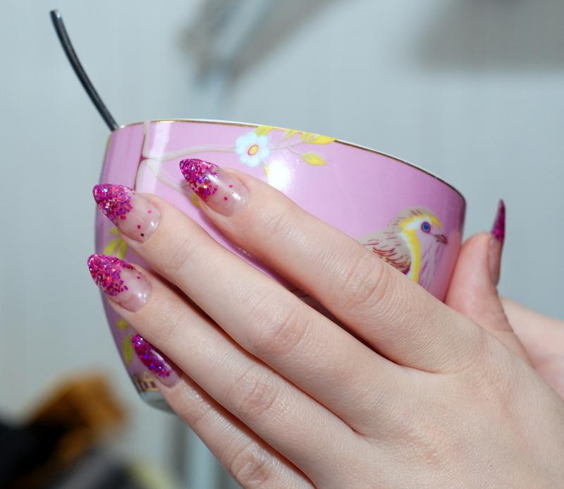 Bones And Lilies: Glitter Gel Nails
