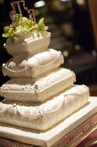her dream wedding of wedding cakes part3. Black Bedroom Furniture Sets. Home Design Ideas