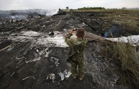Pesawat MAS MH17 Terhempas Di Ukraine Dipercayai Ditembak