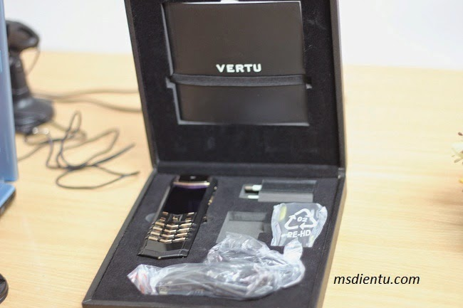 Vertu Signature S Design Black copy