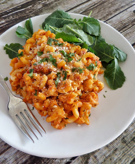 Easy Red And White Pasta Bake