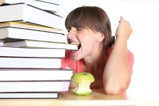 Читать быстро = надкусывать и глотать информацию. Но не переваривать её!