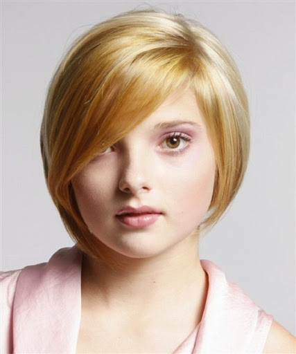 Short thin hairstyles round face