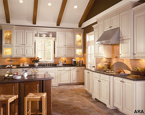 Pictures Of Cream Colored Kitchen Cabinets
