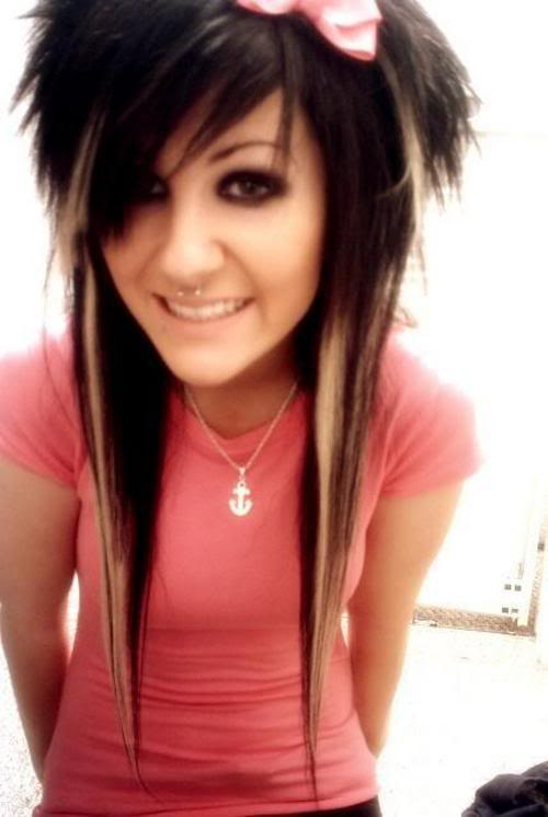 emo hair coloring ideas. emo long layered hairstyles.