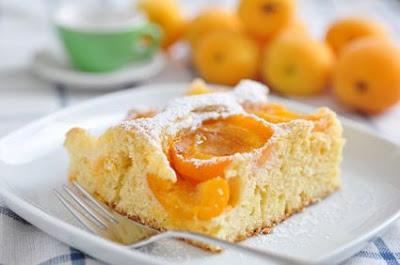 Marillenkuchen; Marillenkuchen vom Blech