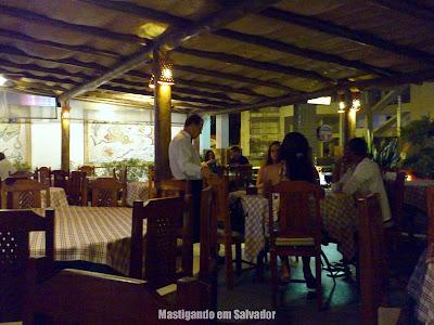 Celeiro Restaurante e Pizzaria: Ambiente