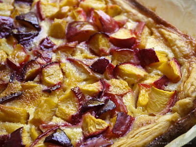 Tarte aux fruits au flan (voir la recette)